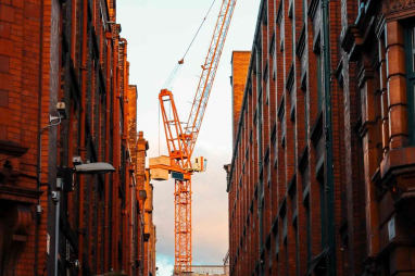 A capacity crunch may impact the construction industry's ability to respond to an upswing in capital spending, according to a new report by Turner and Townsend.