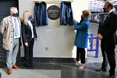 Glasgow Queen Street official opening. (left to right) Tommy McPake of Network Rail, Maggie Hoey of ScotRail, first minister Nicola Sturgeon and Alex Haynes, MD of Scotland's Railway.