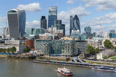 London drops to second place as most expensive construction location in the world, according to latest Arcadis report.