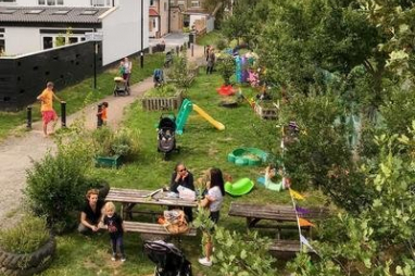 Love Lane Green Community Gardens in Croydon, shortlisted for a Transport Planning Society People's Award.