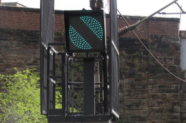 Network Rail gives green light on signalling contracts.
