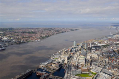 Labour backs £3.5bn project to harness the power of the Mersey to power up the north as part of its Green Industrial Revolution.