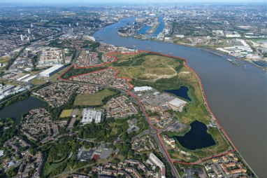 A five-strong shortlist of UK and international architects and designers has been unveiled for the £8bn Thamesmead Waterfront development in south-east London.