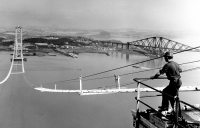 Forth Road bridge construction