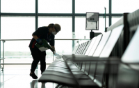 A 96% decline in passenger numbers due to the Covid-19 pandemic has pushed Heathrow to a £471m pre-tax loss in the first six months of 2020.