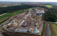 Sirius Minerals is in talks with potential investors as it seeks to get its £3bn polyhalite mine project back on track.