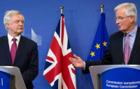 The EU's chief Brexit negotiator Michel Barnier (right), with former Brexit secretary David Davis.