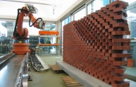 Robot building a wall - the new way